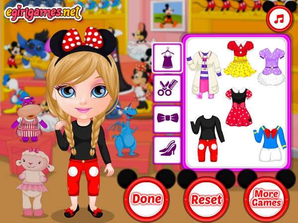 Game Barbie di disneyland y8