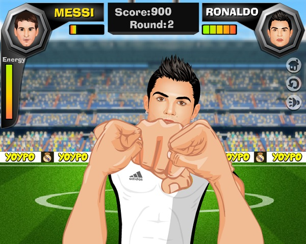Game Ronaldo doi dau voi Messi